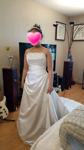 Wedding dress size: 8