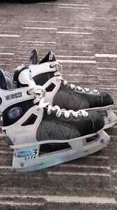 CCM tacks skates size 3
