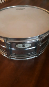 """Pearl snare drum 14"""""""