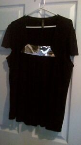 2-3x black tshirt with a silver sequin insert