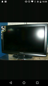 "32"" Panasonic LCD Tv"