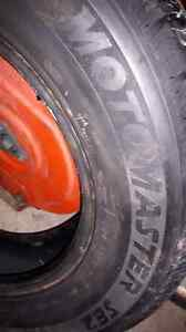 Motormaster tire 185/70/14.  Almost new!