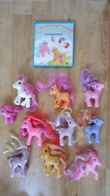 10 My little pony vintage toys & book Ponies figures MLP From a pet