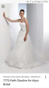 Size 4 wedding dress 100