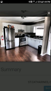 Newly renovated home close to downtown st catherines