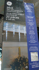 NEW -  100 LED Twinkling Ice Crystal Icicle - FROM COSTCO