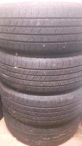 225/60r17 Michelin defender tires