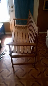 Cute little Wood Bench for Sale