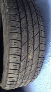 Selling 4 Goodyear summer tires 235/65/16