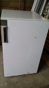 Small Bar / Beer fridge