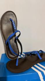 Hollister Flip Flop Sandals