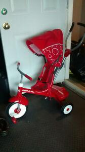 radio flyer tricycle with accessories