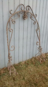 Antique Iron Wishing Well Top
