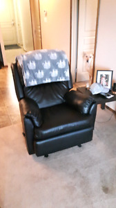 Moving: furniture for sale