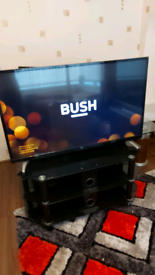 """49"""" SMART LED TV IN EXCELLENT CONDITION"""