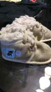 Baby boy shoes London Ontario image 2