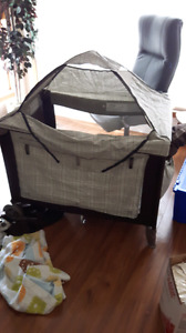 Selling my eddie bauer play pen/changing table/tent