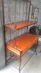 Table/hutch (kept indoors)