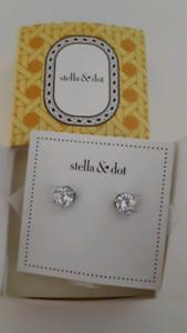 STELLA & DOT SPARKLE EARRINGS