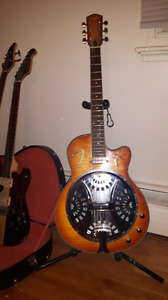 Fender Resonator