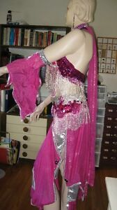 costume belly dancing