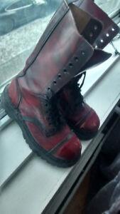 Bottes d'armée rouge foncé vrai cuir