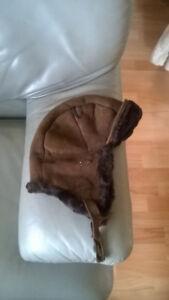 chapeau/casque en laine de mouton,EMU