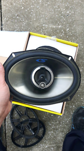 "Alpine speakers 6"" by 9"""