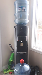 Vitapur hot/cold water dispenser