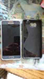 Samsung galaxy alpha à vendre ou à echanger!