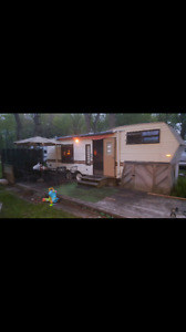 24' 1989 Jayco Express 5th wheel