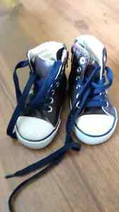 Boys old Navy shoes size 5 London Ontario image 1