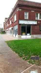Store for lease Windsor Region Ontario image 1
