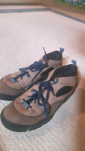 Mens size 14 hiking and dress shoes