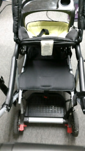 Poussette double sit-n-stand LX - Double stroller