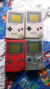 Gameboys, Gmeboy Colours, and Gameboy Pockets, all work perfect