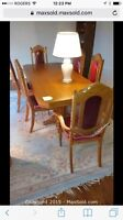 Solid oak antique dining table and 6 chairs