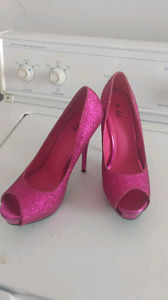 Deb High Heels Size 8 1/2