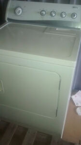 delivered Newer electric dryer Amana $150 delivered in Cambridge Cambridge Kitchener Area image 1