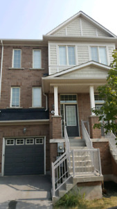 Townhome for rent  Oakville Fiddlers way
