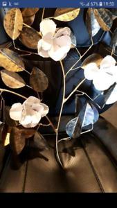 Fleurs en metal pour accrocher au mur