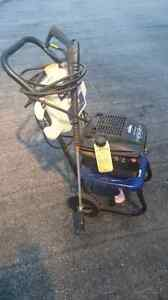 Pressure washer 2300PSI gas engine Cambridge Kitchener Area image 2