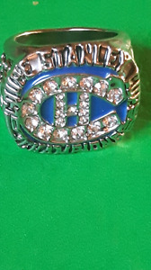 Patrick roy Montreal Canadiens Stanley Cup ring