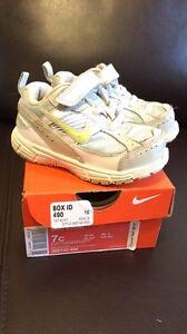 Girls (toddler) 7c Nike sneakers