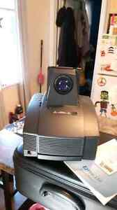 Ezpro 550 projector mint PRICE REDUCED this is a great deal Cambridge Kitchener Area image 2