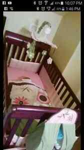 Crib bed and full set with mattress