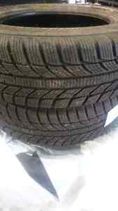 175/65R14 Gt radial hiver comme neuf