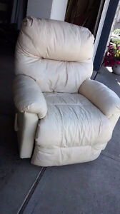 Lazy boy recliner chair for sale $ 75