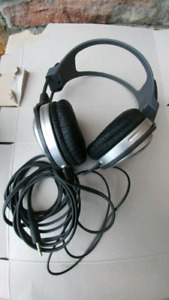 Sony MDR-XD100 Stereo Headphones