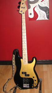 Basse Special edition Deluxe Fender precision